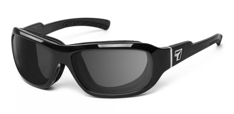 model-8-zwart.jpg